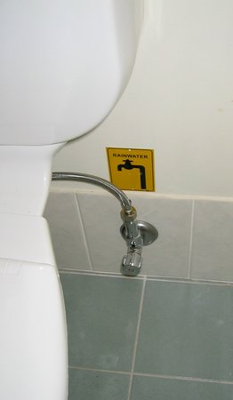 Toilet water supply tap